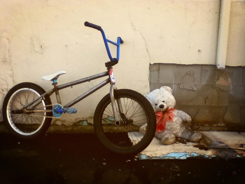 customer gabe smith custom amber bmx bike