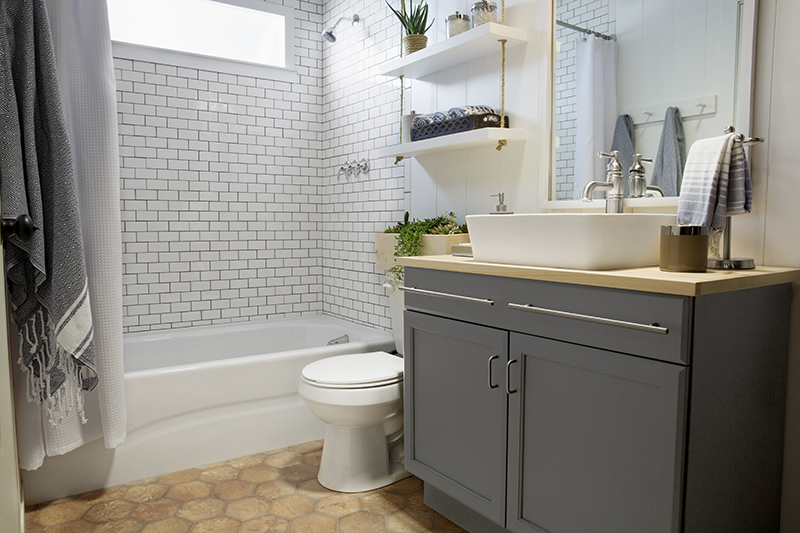 a builder grade bathroom transformation with Lowes