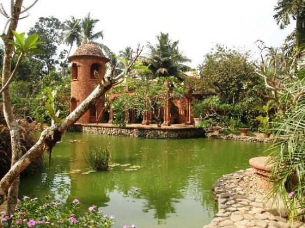 Amberlair Crowdsourced Crowdfunded Boutique Hotel - Pousada Tauma - Sneak a peek at celebrities in Goa