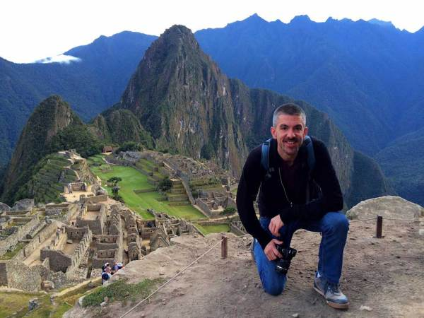 Amberlair Crowdsourced Crowdfunded Boutique Hotel - Meet luxury travel blogger Matt Long of Land Lopers at Machu Picchu #boholover