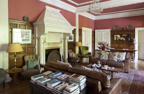 Amberlair Crowdsourced Crowdfunded Boutique Hotel Carol Lovell Sitting Room