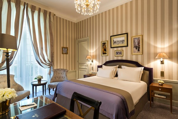 Amberlair Crowdsourced Crowdfunded Boutique Hotel Westminster In Paris #BoHoLover: Meet Paula of Contented Traveller @gordyandpaula