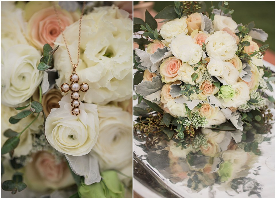 Tucson Wedding Flowers by Country Couture Flowers at the Savoy Opera House.