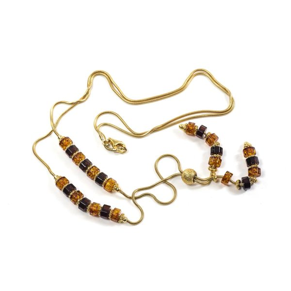 gold-plated-silver-necklace-with-amber-glamoure-close-view-3