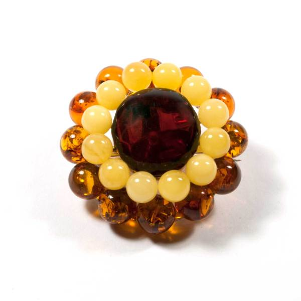 natural-baltic-amber-brooch-daisy