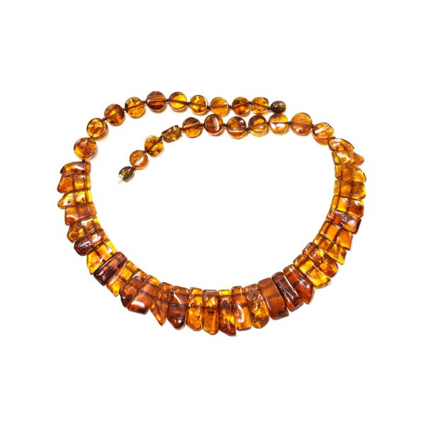 natural-baltic-amber-necklace-silvia-upperview