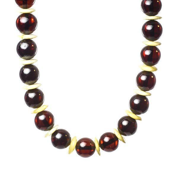 natural-baltic-amber-necklace-visavi-ii-closeview