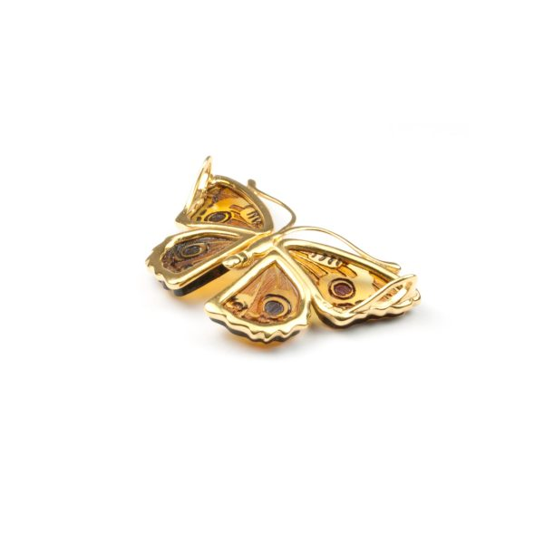 natural-baltic-amber-pendant-butterfly-bellow