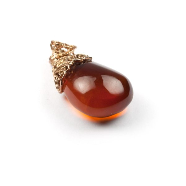 pendant-from-natural-baltic-amber-mystery-upside