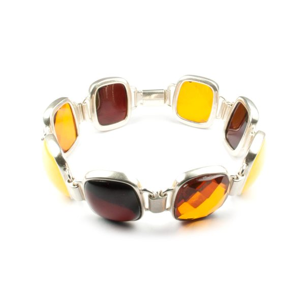 silver-chain-bracelet-with-natural-baltic-amber-london