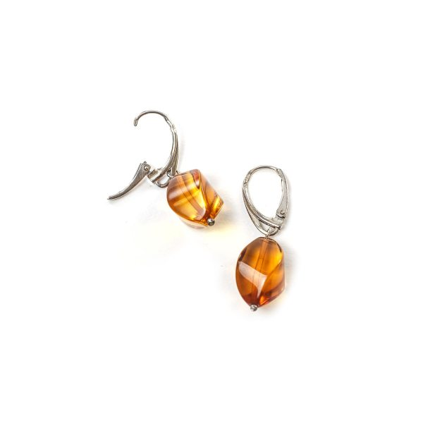 silver-earrings-with-natural-baltic-amber-twisters