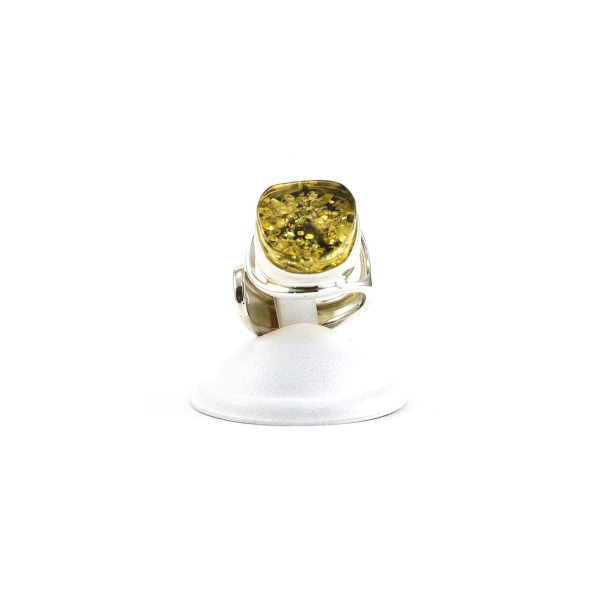 silver-ring-with-amber-green-3