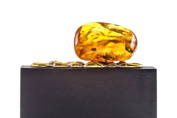visit-card-holder-with-amber-piece-4