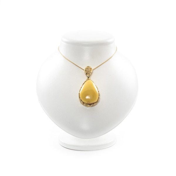amber-pendant-with-gold-plated-silver-sweetness-III-2