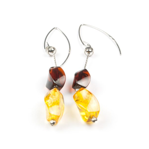 natural-baltic-amber-earrings-with-silver-clasp-delia
