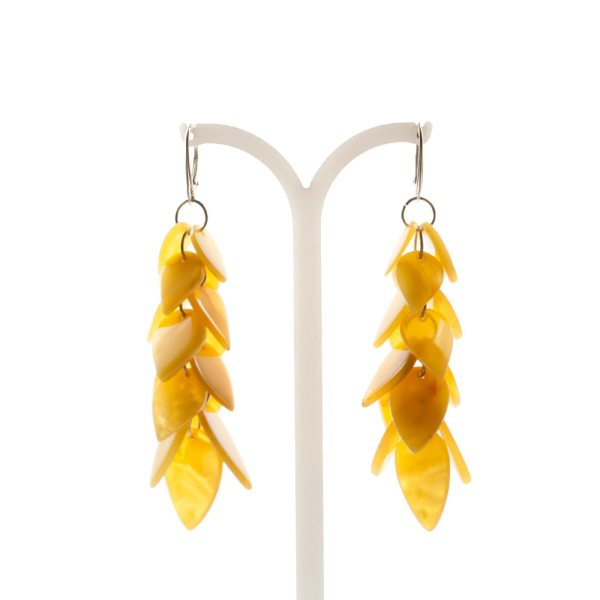 natural-baltic-amber-earrings-with-silver-clasp-leaflet-3