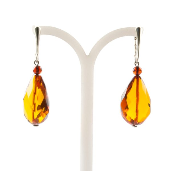 natural-baltic-amber-earrings-with-silver-clasp-veiling-3