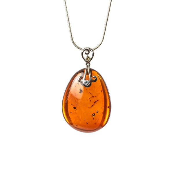 natural-baltic-amber-pendant-drop-with-14k-white-gold-dragon