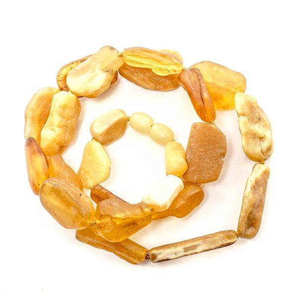 natural-raw-baltic-amber-necklace-caramel-close