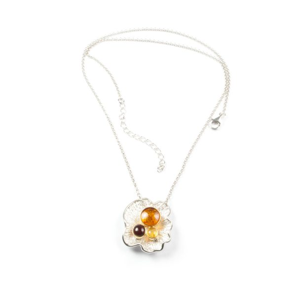 silver-necklace-with-natural-baltic-amber-pearls