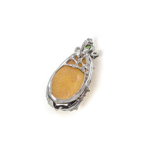 silver-pendant-with-natural-baltic-amber-madonna-1