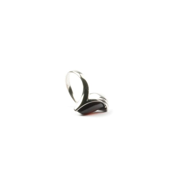 silver-ring-with-natural-baltic-amber-jacqueline-cherry-5
