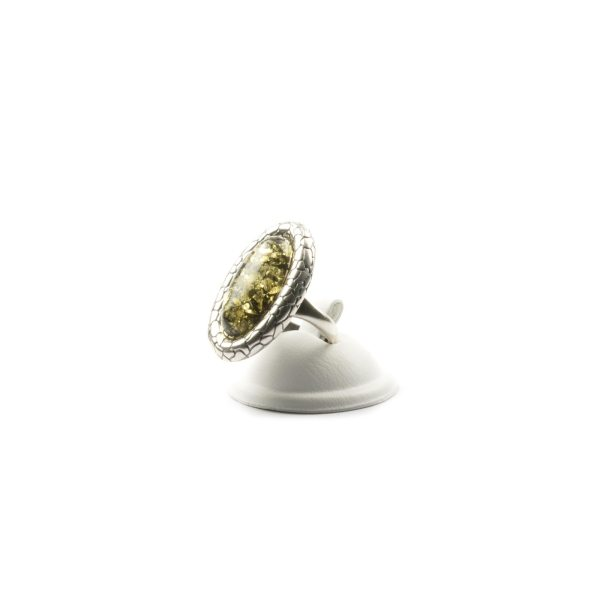 silver-ring-with-natural-baltic-amber-mirror
