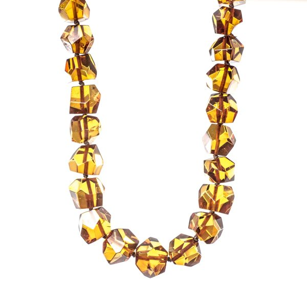 natrural-baltic-amber-beads-relax-front-view