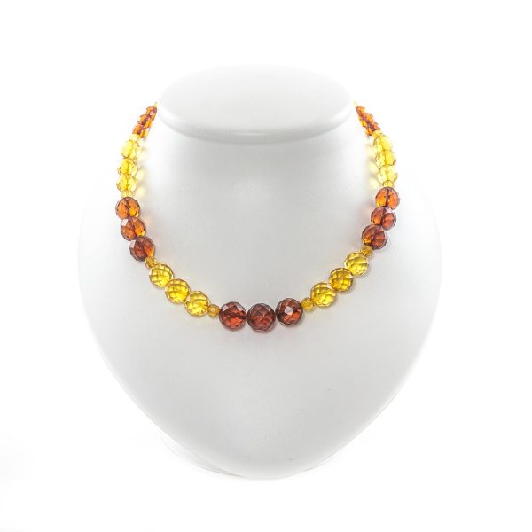 natural-baltic-amber-beads-paradise