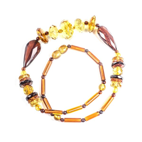 natural-baltic-amber-beads-rapunzel-above-view