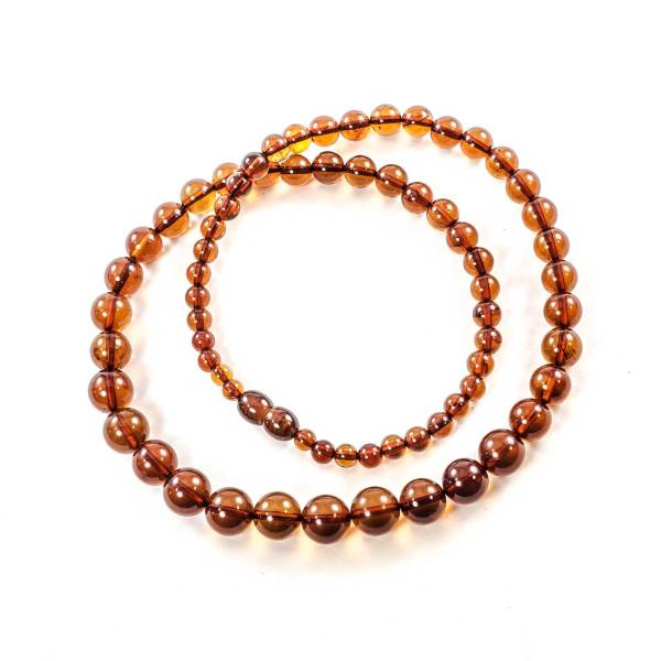 natural amber round beads bubbles top view