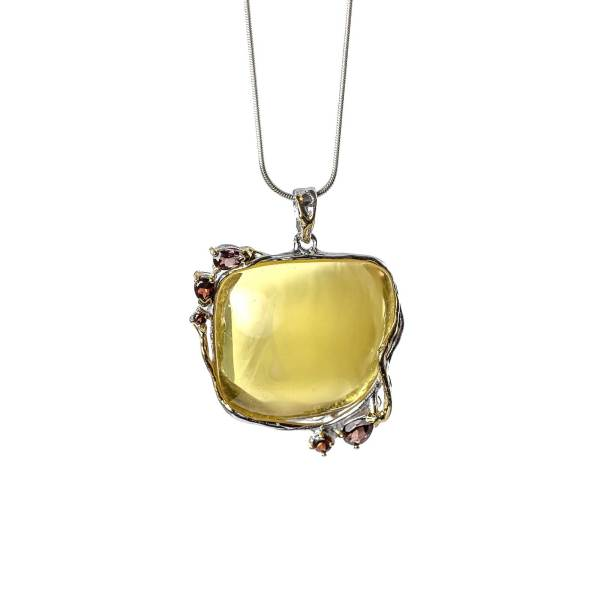 Classic Pendant with Silver Amber and Garnet With Necklace