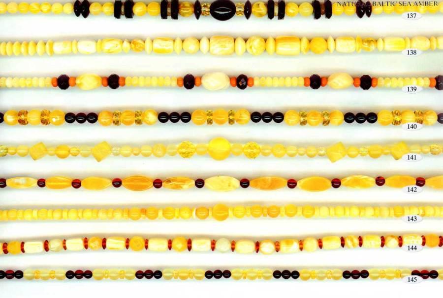 137-145 gintariniai karoliai