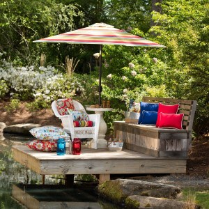 Simple and Sophisticated Ways to Bring Farmhouse Charm to Your Outdoor Space