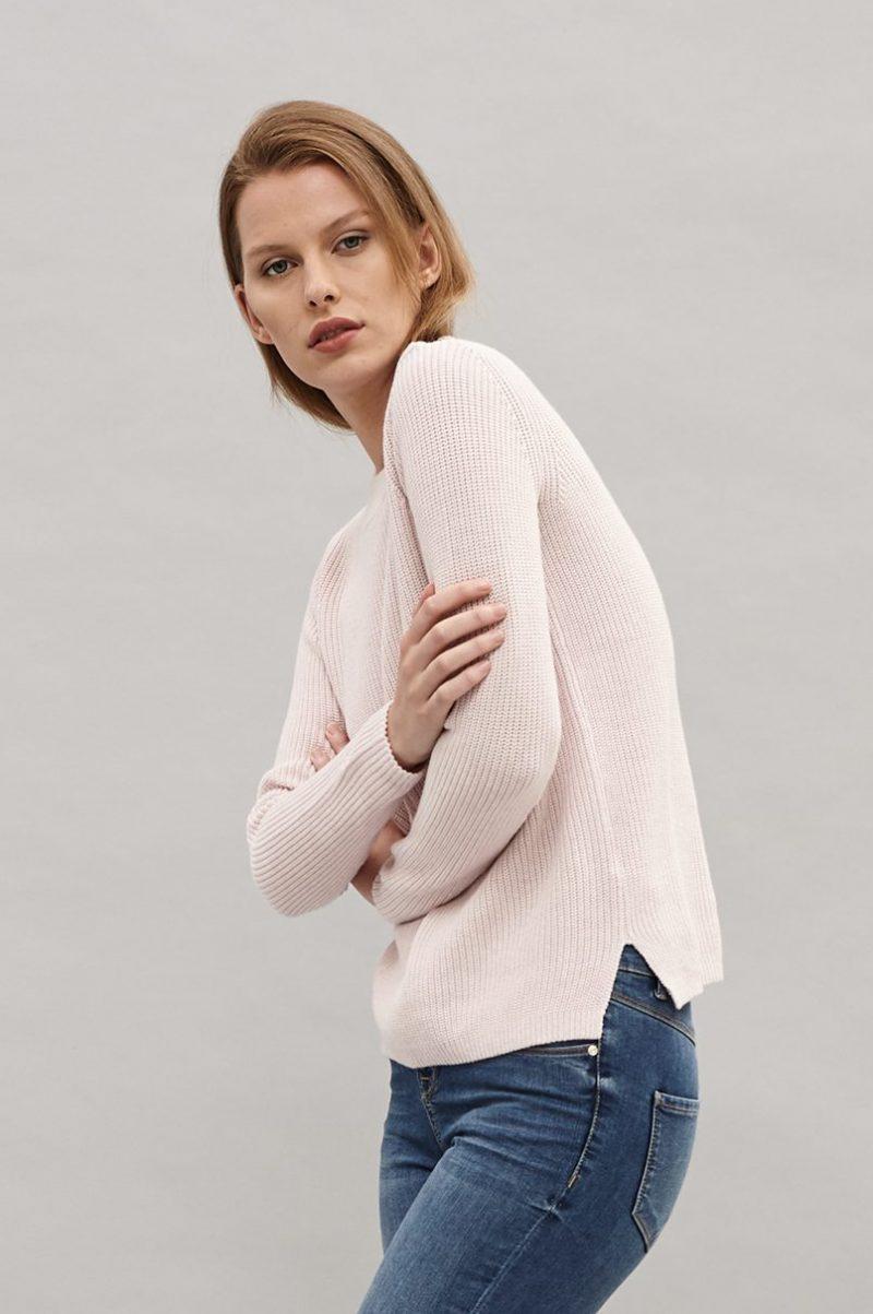 Dusty pink bomullsgenser med knapper Newhouse - Patent knit sweater