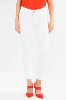 Hvit eller cherryrød smal bukse med råkant Mos Mosh - 121840 sumner color pant
