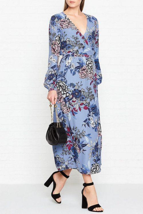 Lyseblåblomstret lang kjole Gestuz - begonia wrap dress 1935