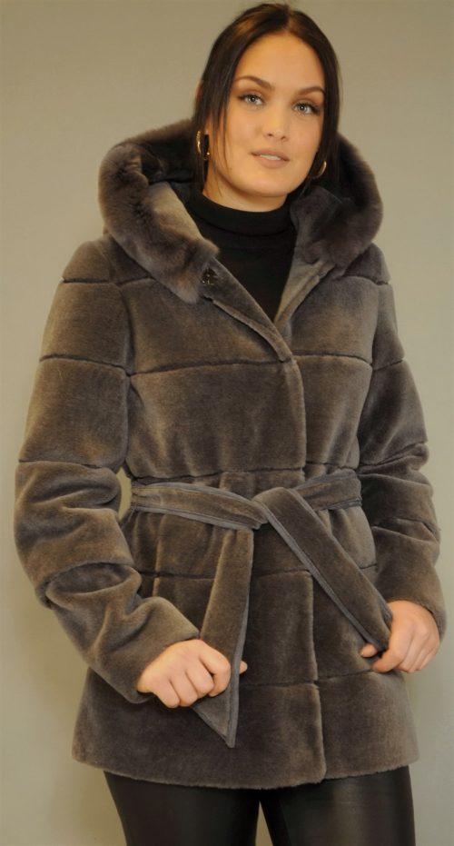 Sort lammeull jakke med kaninhette CKN - 18383-03 mabell lammeull strikk m kaninhette