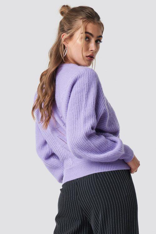 Offwhite eller lavendel genser med flaggermuserm Gestuz - adel pullover