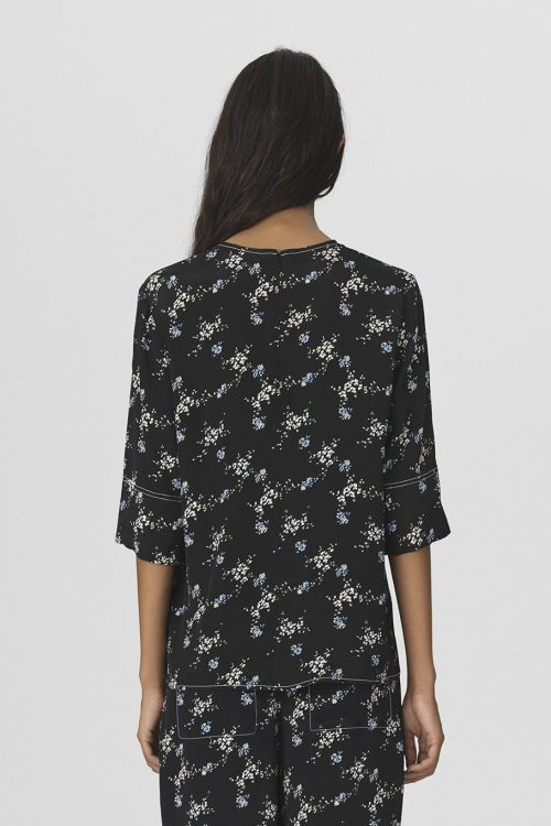 Sortmønstret silkeviskose blusetopp By Malene Birger - Nolao top Q66134010