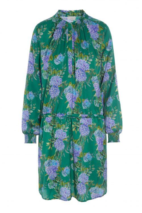 Grønnmønstret silkekjole Dea Kudibal - aura hortensia green