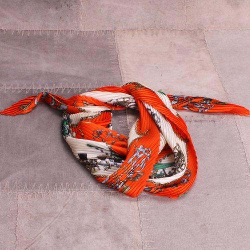 Plissert orange tørkle Bæltekompagniet - Silke100-44 Kvalitet: 20% silke og 80% viskose