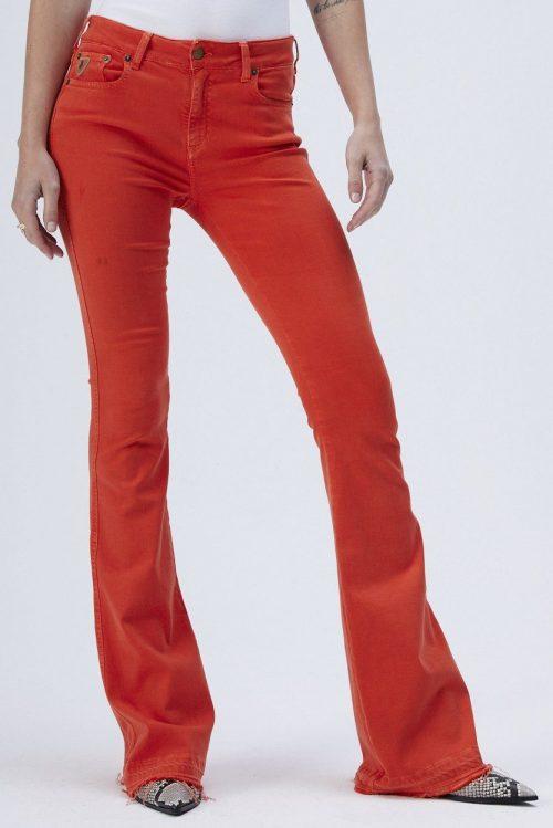 Hvit eller korall flare jeans med råkant Lois