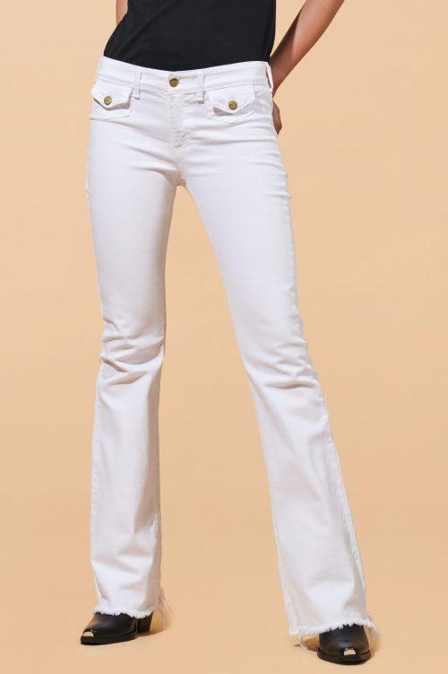 Hvit supertrendy flare jeans med råkant og små lommer i front Lois Jeans