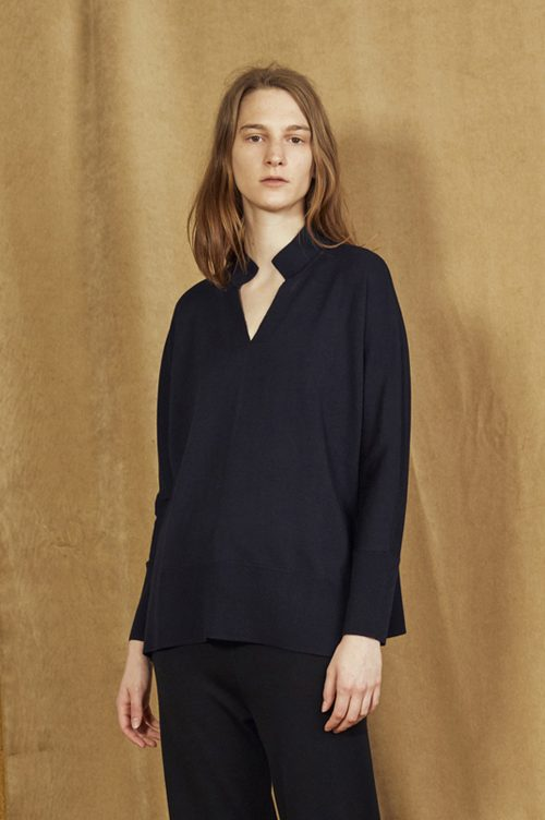 Sort eller koksmelert merino skjortegenser Cathrine Hammel - 1152 tunisian sweater med splitt