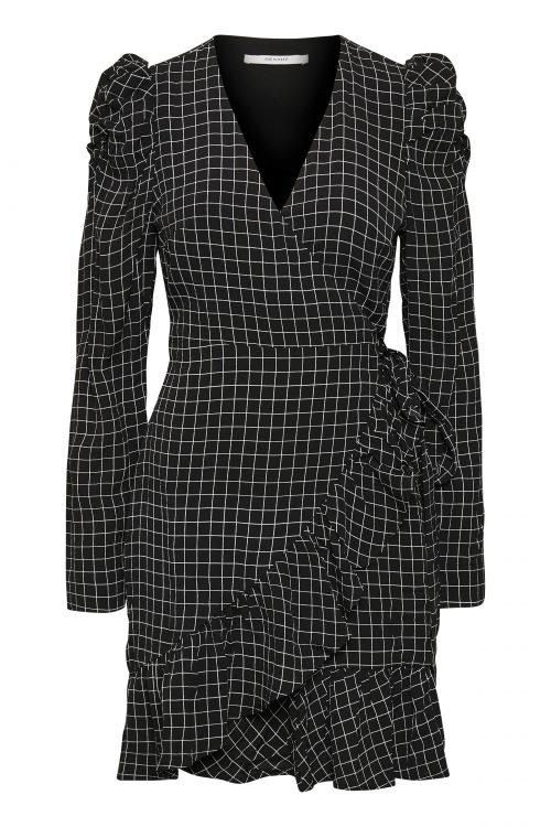 Black&white rutet omslagskjole med kapper Gestuz - denice wrap dress 3716