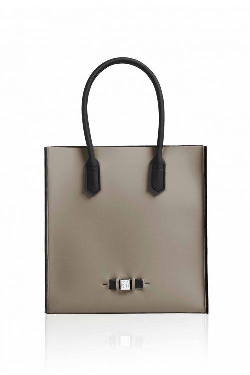 Shopper 'Le Sac' i mange farger. Laget av neopren og veier ingenting Save My Bag - Le Sac TURTLE
