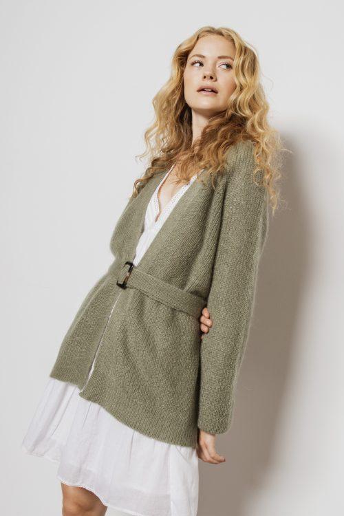 Grønn eller camel lang mohairmix cardigan med belte Dear Dharma - belty cardigan
