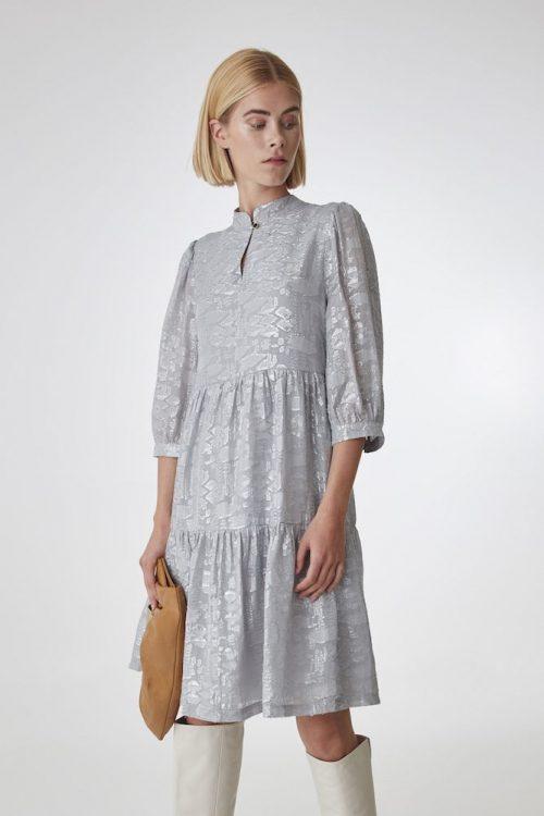 Sølvfarget kjole Gestuz - sira dress 10904104