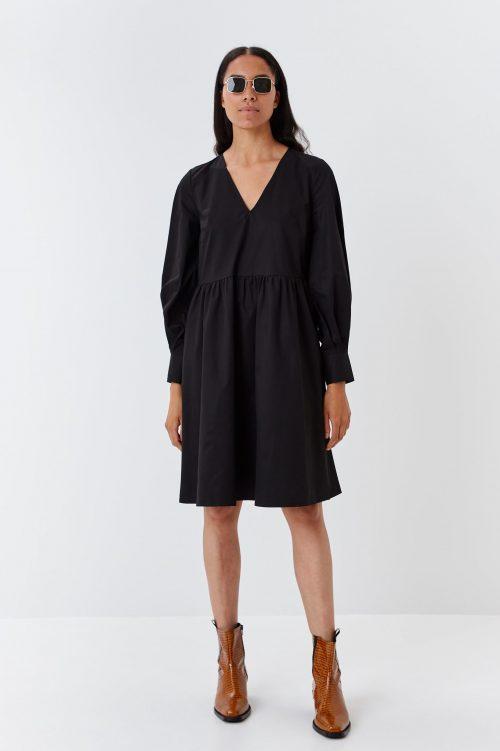 Sort organisk bomull kjole med v-hals Gestuz - 4299 stella dress